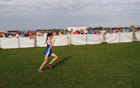 Cross country competes in challenging Rim Rock meet
