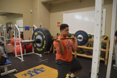Powerlifting begins their season