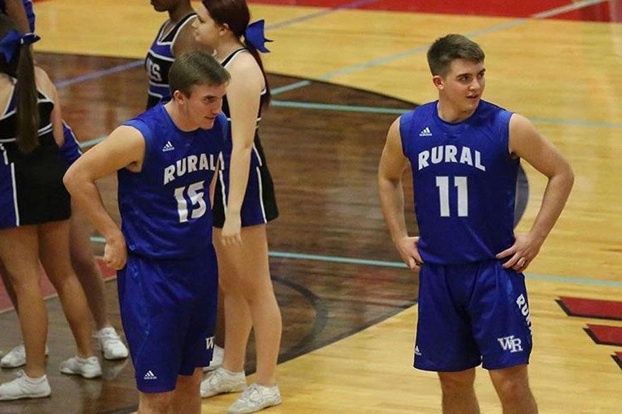 Sophomore Jordan White and senior Brayden White play on the boys basketball team together.