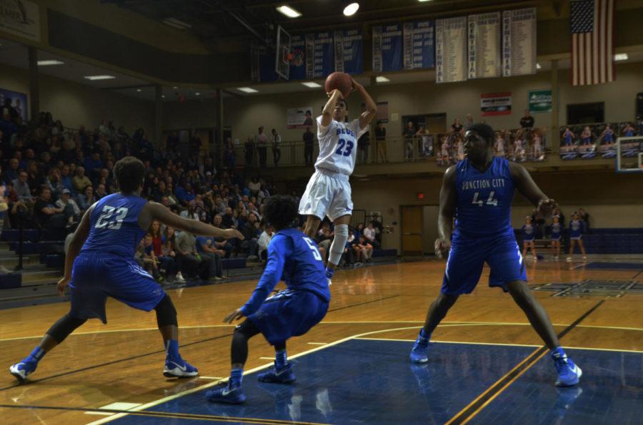 Photo Gallery: Boys Basketball vs Junction City Feb 23