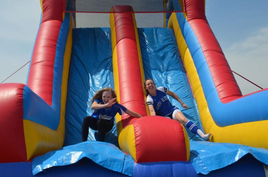 Students enjoy senior week